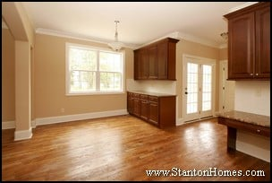 Formal Dining Butlers Pantry