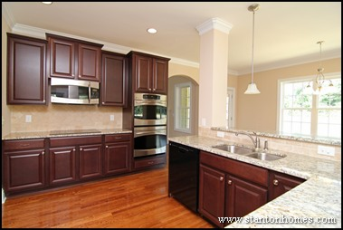 Ordinaire Beautiful How To Choose New Home Kitchen Cabinets | Tips On NC Kitchen  Design