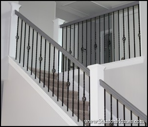 Kneewall Staircase