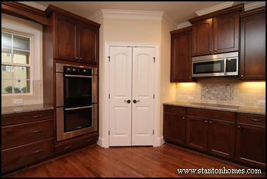 Best kitchen floor plans | Kitchens with a costco size pantry