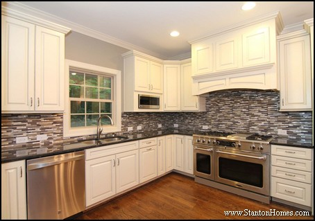 Kitchen Range Hood Styles | Cary NC Custom Homes