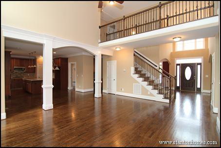 Lovely Interior Column Photos | Raleigh New Homes