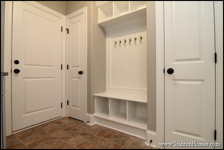 What's the Ideal Size for a Mudroom? | Raleigh Custom Homes