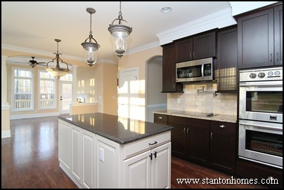 new home kitchen design ideas.  8 Examples of White Kitchen Cabinets with Black Granite Photos