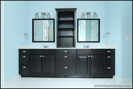 Mud Room Designs for Custom Homes | How to Add a Mudroom