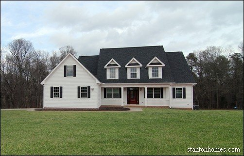 White Farmhouse Exterior | Farmhouse Builders Raleigh