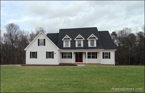 White Farmhouse Exterior | Farmhouse Builders Raleigh