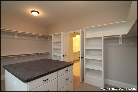 Walk in Closet Dimensions [Best Size for a Master Closet]