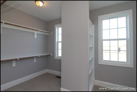 What is the Average Walk in Closet Size? Closet Pictures with Dimensions