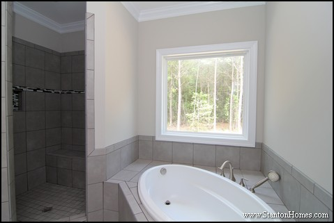 WoodlakeMasterBathroomShower